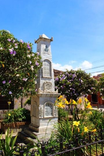 Guatape Colombia Travel Blog (3)