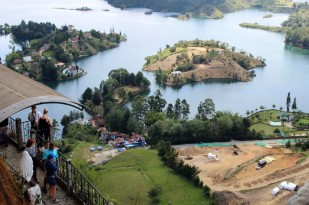 Guatape Colombia Travel Blog (44)